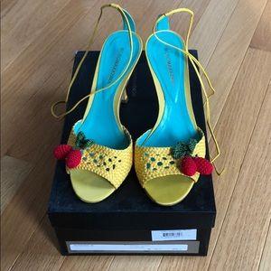 BcbgMaxAzria Cherry Sandals